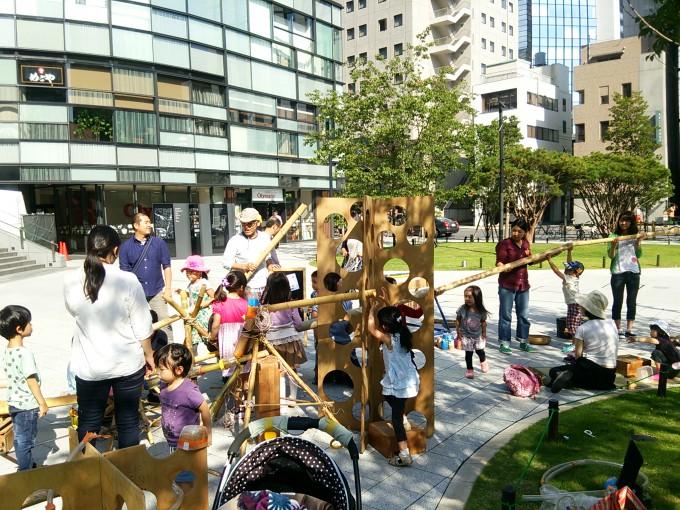 ワテラス広場で毎月開催している「ワテラスキッズ」